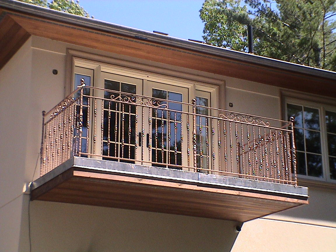 A wrought iron juliet balcony from old iron forge is a true masterpiece - Balcony design for home ...